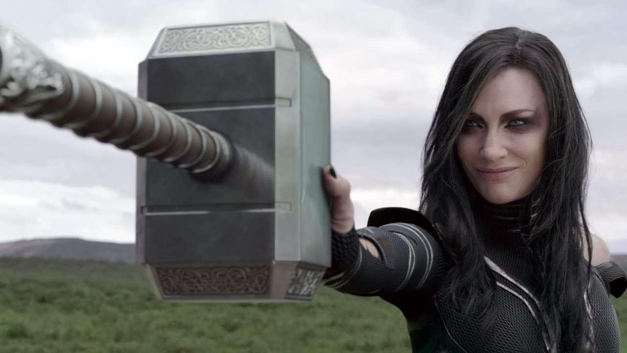 Hela-Destroy-Thors-Hammer.jpg