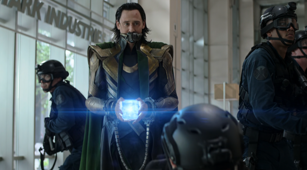 Loki-Escaping-in-Avengers-Endgame.png